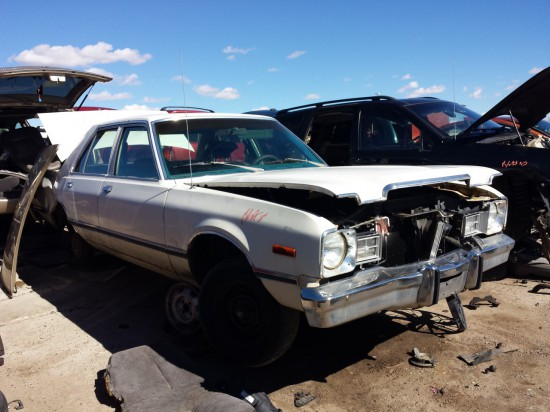 14-1976-plymouth-volare-down-on-the-junkyard-picture-courtesy-of-murilee-martin-550x412